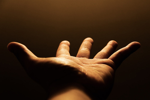 https://media.worldslastchance.com/arabic/images/everyone-who-by-faith-arabic.jpg