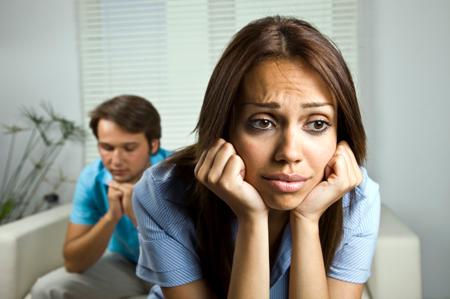 nešťastný pár