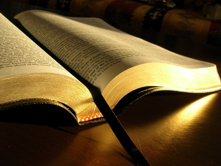 terbuka Alkitab