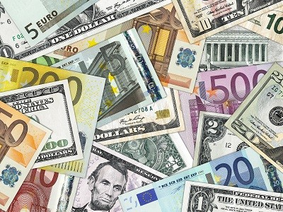 Geld: Dollar und Euro