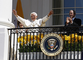 Sina Pope Benedict XVI at George W. Bush