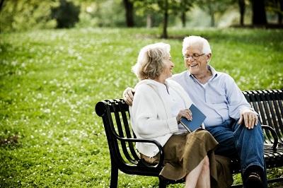 행복한 노년 커플
