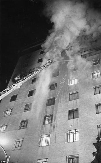 El Fuego del Hotel Pioneer Internacional
