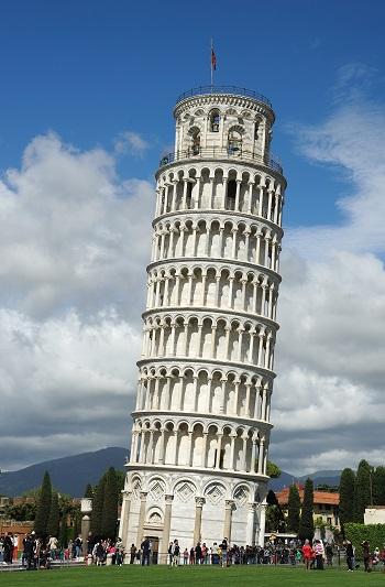 La tour penchée de Pise en Italie