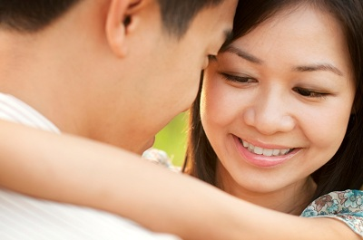 Junges Paar in Südostasien