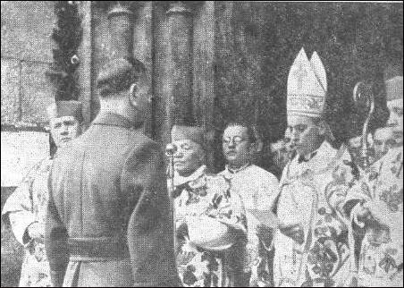 Pavelić facing Cardinal Stepinac