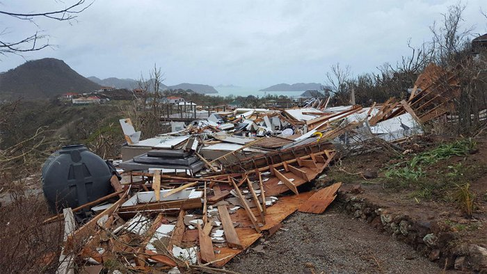 St. Bart's po hurikánu Irma