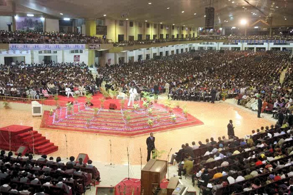 Bishop David Oyedepo je nigerijský kazatel a zakkladatel Living Faith Church World Wide