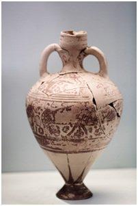 vase de poterie ancienne, antiquité, à double anse, reconstituée à partir de fragments trouvés par un archéologue.