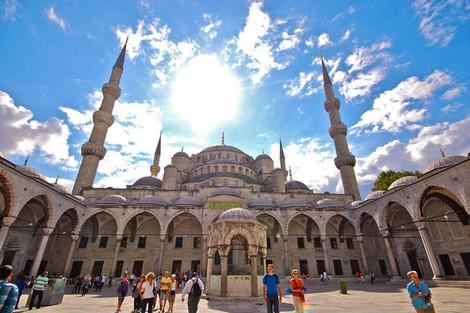 """تركيا تقر بعجزها عن مواجهة """"زلزال كبير"""""""