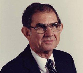 نيل ويلسون، رئيس المجمع العام السابق