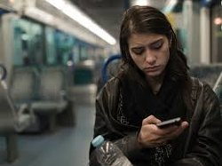 New Study: Social Media Has A Link To Loneliness And Depression