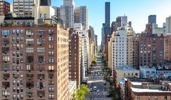 Manhattan Rental Market Sees Another Record Plunge For August With 15,000 Empty Apartments